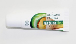 NATURALINE_Balsamo-labbra-allolio-di-macadamia-burro-di-jarite-e-vitamina-e_POST